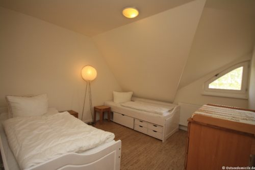 Schlafzimmer III – Ferienhaus Boddenblick