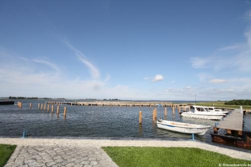 Hafen Vieregge – Ferienhaus Dornbusch