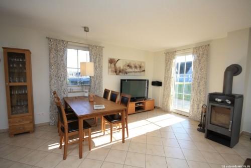 Wohn- /Essbereich mit offener Küche (Erdgeschoss) – Ferienhaus Sonnenwiese