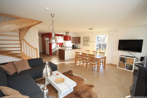 Wohn- /Essbereich mit offener Küche – Ferienhaus Treibholz