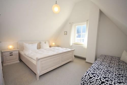 Schlafzimmer I – Ferienhaus Treibholz